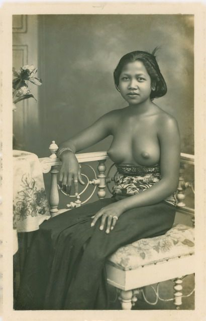 """""""Balinese women, studio photo"""" I picked this one because it is a studio piece…"""