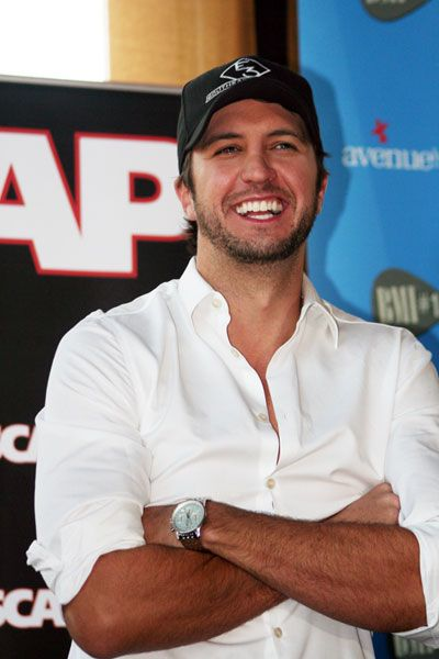 the love of my life...Luke Bryan: Male Artists, Luther Bryans, Male Country Artists, Country Boys, Thomas Luther, Country Music, Luke Bryans 3, Favorite People, Bryans Luke