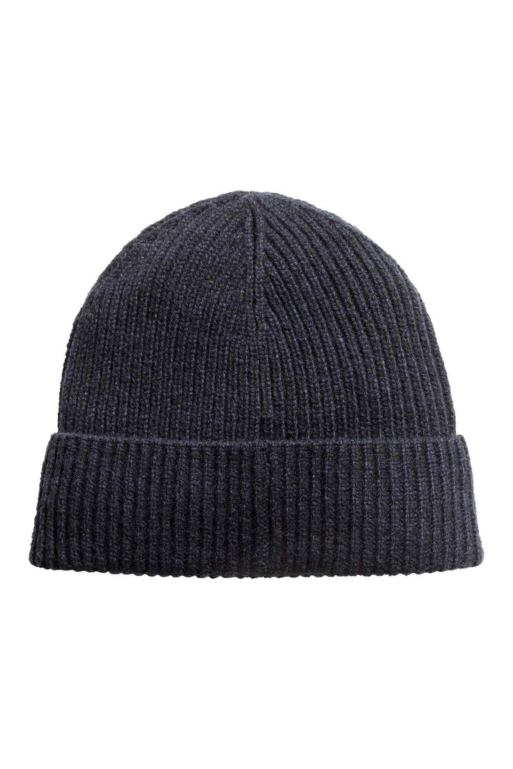 Hat in a wool blend: Soft rib-knit hat in a wool and nylon blend.