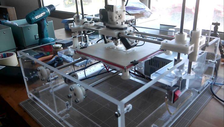 Impresora 3D de tipo (FDM) diseñada y construida en el Laboratorio de…