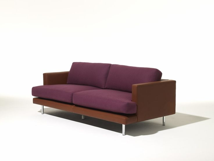 Defined by a low profile, boldly outlined architectural surrounds and soft interior cushions, the D'Urso Lounge Collection epitomizes modern casual. MEASUREMENTS:  Seat Height: 17.5 inch Arm Height: 22.7 inch Width: 77 inch Depth: 36.5 inch Height: 30.5 inch  All Knoll products are subject to shipping charges. Please check our shipping policies for details.