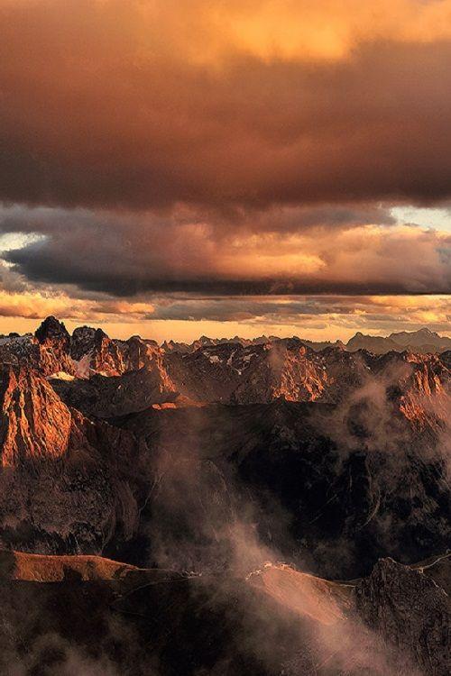 ponderation: Tramonto Galattico - Pordoi (Dolomiti) by edoardobrotto