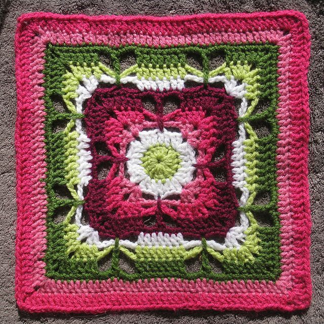 Free Online Crochet Granny Square Patterns : 17 Best images about Granny Square Patterns on Pinterest ...