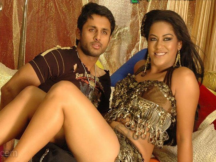Tamil Actress Akshida Hot Photos