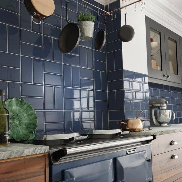 Pin De Qiera En Kitchen Paredes De Cocina Azules Banos De Azulejos Azules Azulejos De Pared