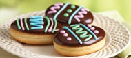 Tim Horton's new Easter Egg Donuts (with venetian cream filling, chocolate fondant and colorful designs): Cream Fillings, Fun Cakes, Eggs Donuts, Chocolate Fondant, Colors Design, Chocolates Fondant, Holidays, Easter Eggs, Couldn T Resistance