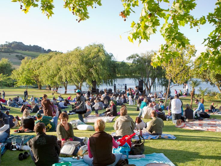 younghearts  |  Rhebokskloof - beautiful spot, lush lawns, kids play section, lovely food, amazing picnics