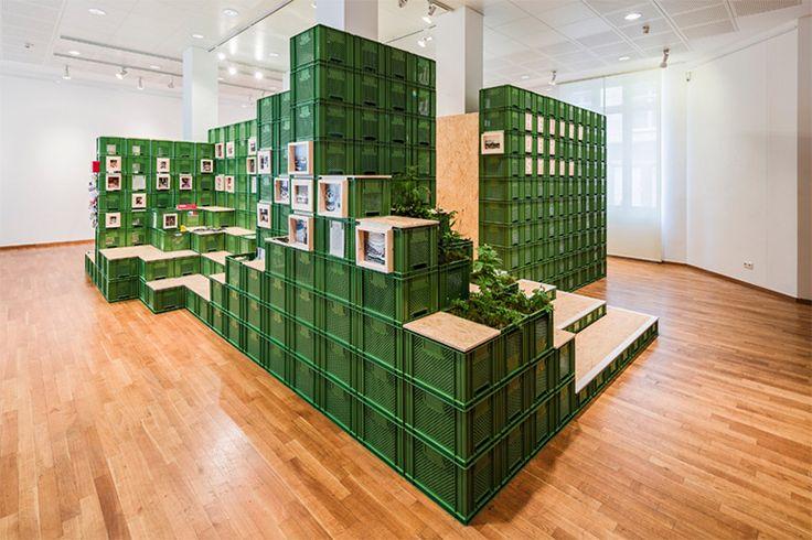Eventdesign aus Gemüsekisten: Do-It-Yourself Ausstellung Helden der Stadt