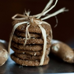triple ginger ginger snaps - my fave holiday cookie: Gingers Ging Snap, Candy Gingers, Gingersnap Recipes, Gingerg Snap, Homemade Candy, Gingers Gingersnap, Gingers Recipes, Gingers Snap, Triple Gingers Ging