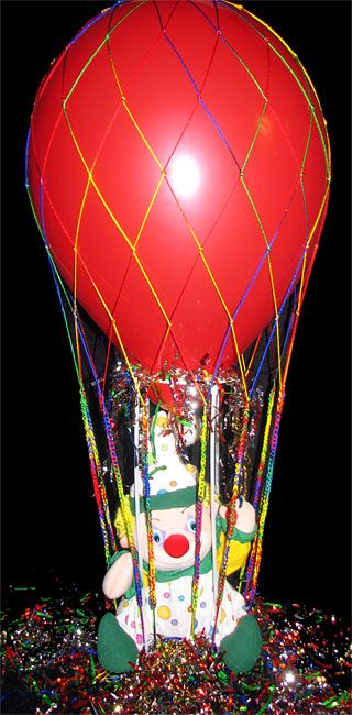 Designer nets balloon wedding table centerpieces for Balloon nets for centerpieces