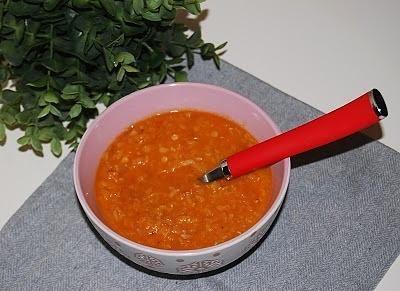 Zupa z soczewicy z selerem konserwowym