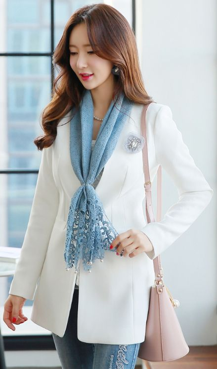 StyleOnme_Simple Collarless Jacket #white #springtrend #jacket #koreanfashion #seoul #daiylook #kstyle #elegant #feminine #kfashion