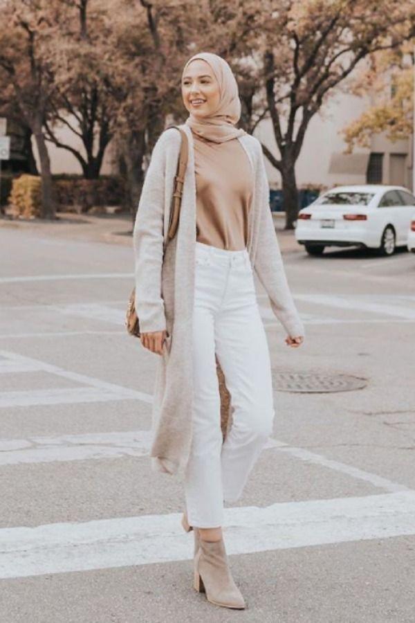 للمحجبات نصائح لتنسيق ملابس الخريف بأناقة Fashion White Jeans Hijab Fashion