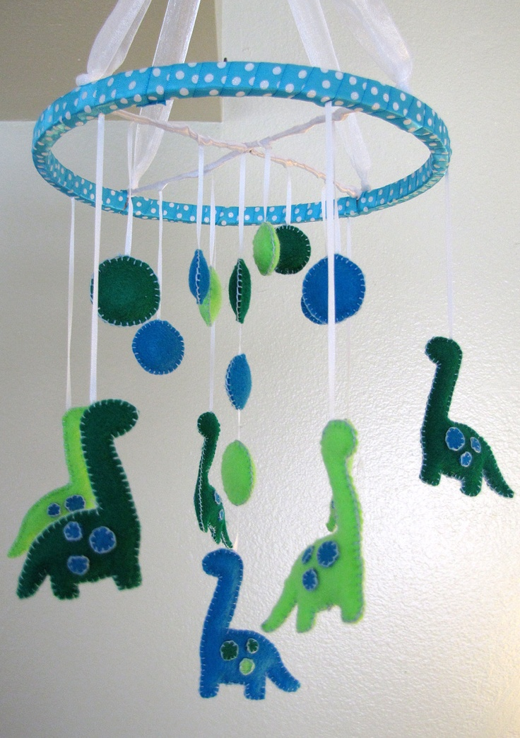 Green Felt Dinosaur Baby Mobile    Maybe for over changing table? Might be too much?