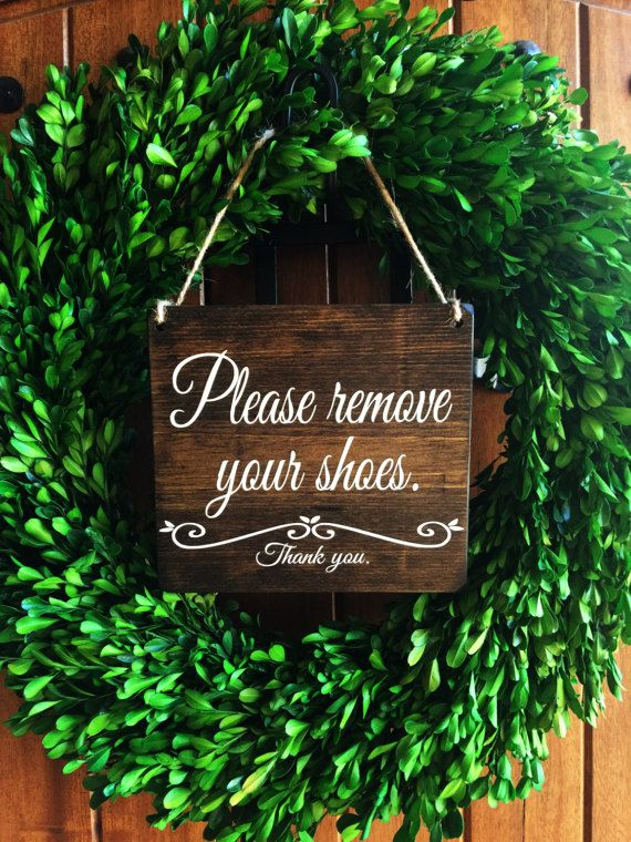 Please remove your Shoes Sign | Remove Shoes Sign | No Shoes Door Signs | Front Door Signs | Remove Shoes Door Sign | Take off shoes sign | Wood Door Sign | Etsy Shop