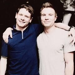 Two favorite lads on one picture. How awesome is that? Jack O'Connell and Joe Dempsie.