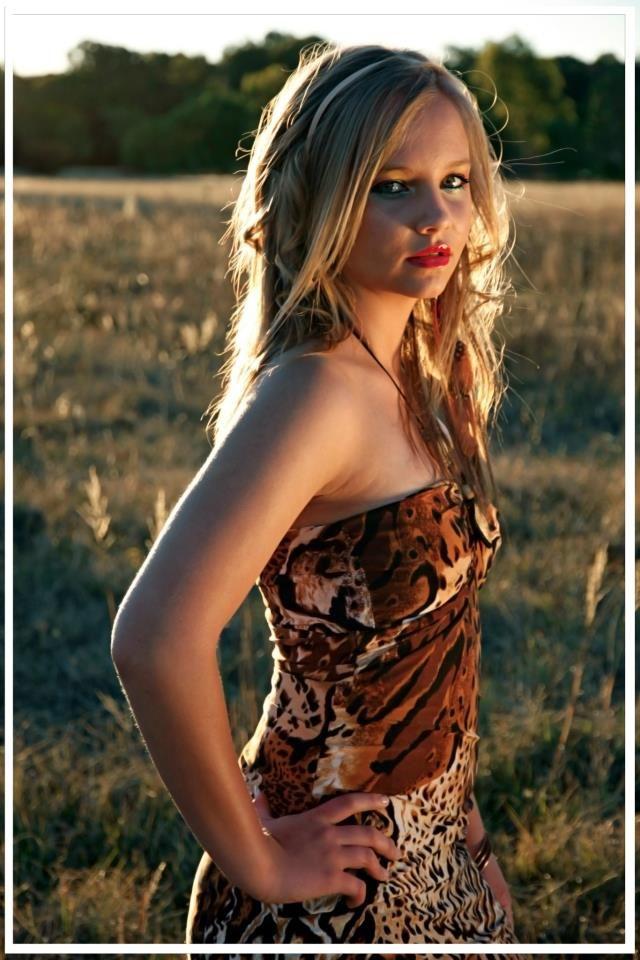 Bianka Wessels- model Nadia Uys - designer