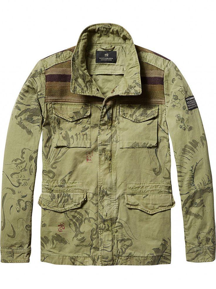 Мужские куртки и плащи в интернет-магазине JS Casual Мужская куртка и плащ – незаменимые элементы в межсезонье. Качественный плащ не только защитит своего обладателя от ветра и непогоды, но и подчеркнет его индивидуальный стиль. В тренде сегодня помимо классических моделей, плащи оверсайз, двухслойные и двусторонние куртки, а также кейпы – просторные плащи с широкими рукавами. Мужское пальто можно комбинировать практически с любой вещью в мужском гардеробе: осеннее пальто с джинсами, то...