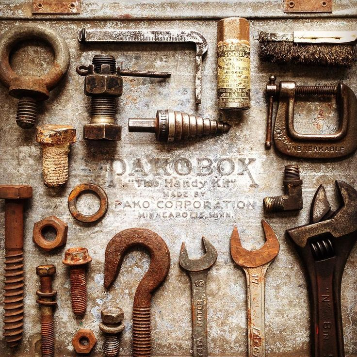 Vintage tools 古い工具達は錆びてても  私にとっては宝物です。  #vintagetools #oldtools #rust #junk #styling #ヴィンテージツール #古い工具 #さび #錆び #ジャンク #工具箱 #スタイリング #knolling #knollography #vintageindustrial #tv_neatly