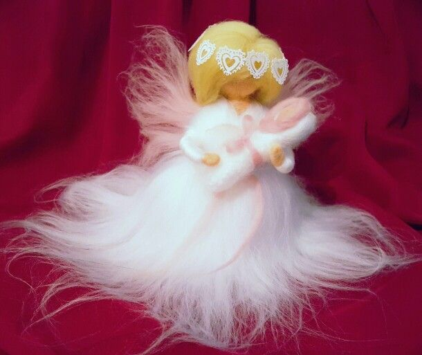 Anioł Narodzin, może być pamiątką chrztu lub prezentem dla przyszłych rodziców
