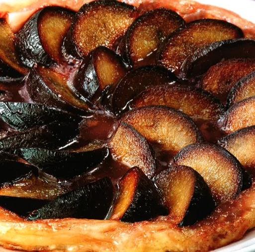 ⇒ Le nostre Bimby Ricette...: Bimby, Tarte Tatin alle Prugne Salsa di Caramello