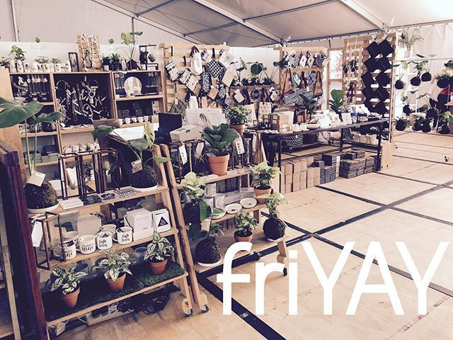 friYAY we are at Kamers @kamersvol #PRESENTspace #aLOCALcollective #kamers2018