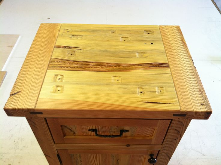Bed Side Table Top View : The top view of our heart pine bedside table, complete with a pull-out ...