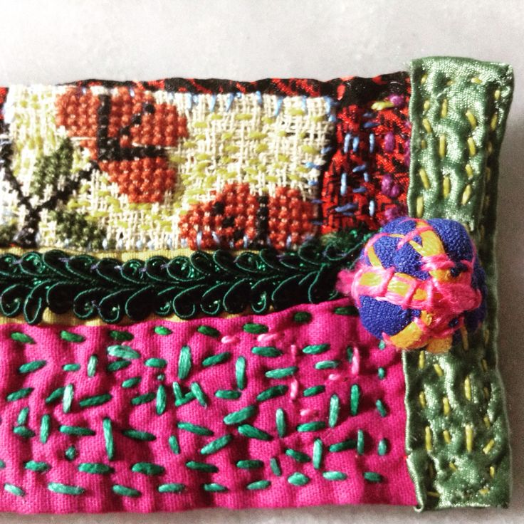 Details textile colors bracelet