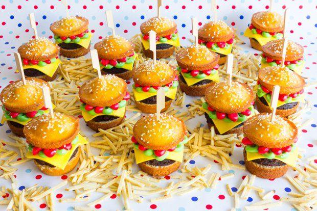 Thye best burger cupcakes we've ever seen! Plus brownie pattie... Delicious!