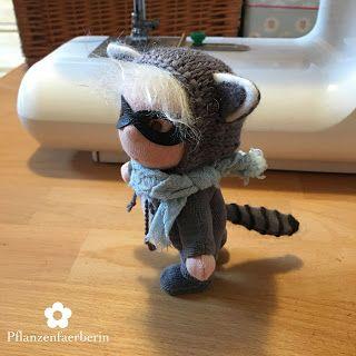 Pflanzenfaerberin * Isle of Fae * Mini Waschbär Puppe (12 cm) * Mini Raccoon Doll (5 in.)