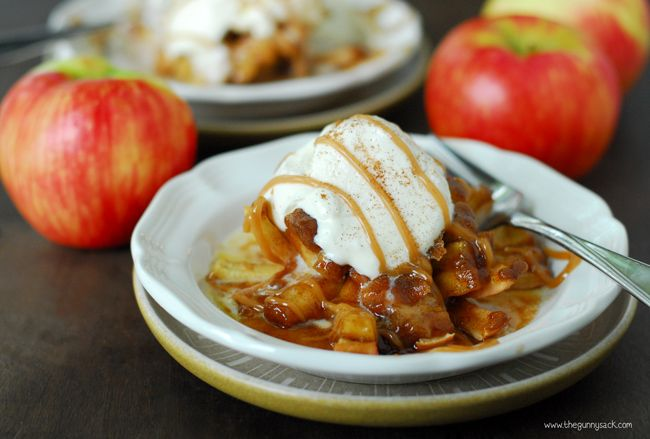 Bloomin' Baked Apples Recipe Ingredients  2 Honeycrisp apples (or other crisp apples) 2 tbsp butter 3 tbsp brown sugar, packed 1 tbsp flour 1 tsp cinnamon 4 caramels, unwrapped
