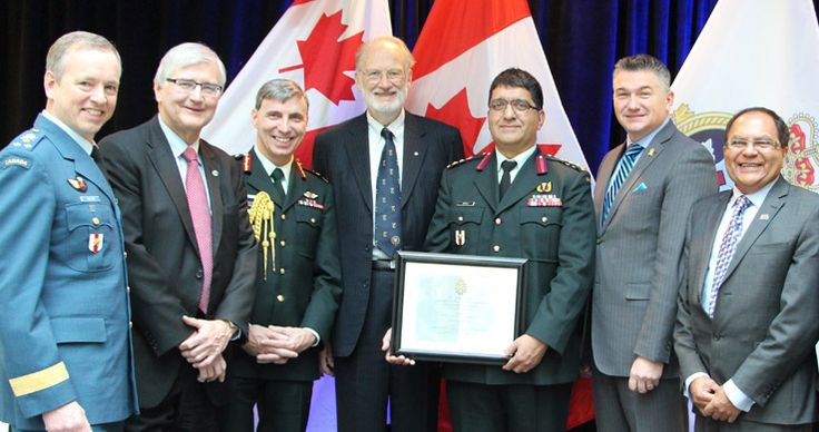 Lieutenant-General David Millar, Chief of Military Personnel; Mr. George Weber, President & CEO, The Royal; Brigadier-General Jean-Robert Bernier, Surgeon General; Dr. Jonathan Meakins, grandson of Brigadier Jonathan C. Meakins; Colonel Rakesh Jetly, Senior Psychiatrist and Mental Health Advisor to the Surgeon General; Mr. James Bezan, Parliamentary Secretary to the Minister of National Defence; Dr. Zul Merali, President and CEO, The Royal's Institute of Mental Health Research
