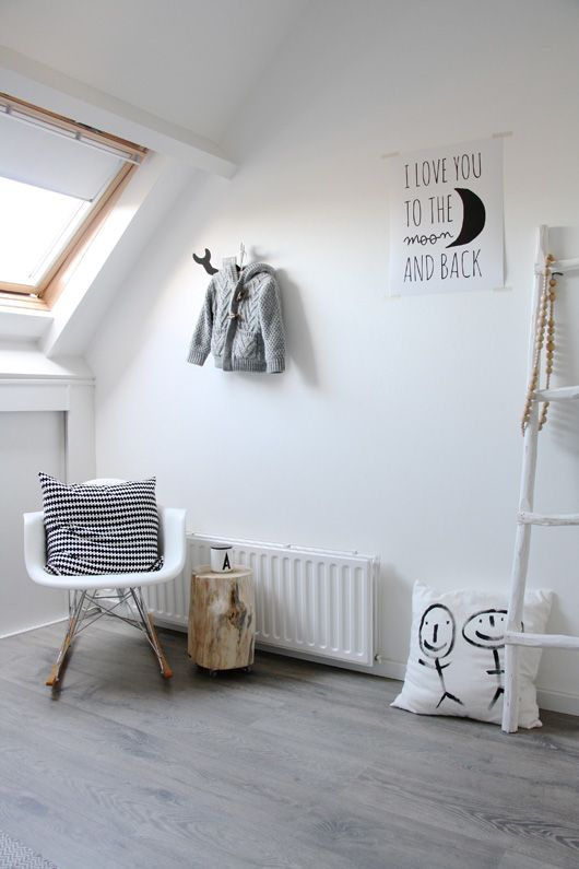 AT HOME WITH FEMKE BROOKS
