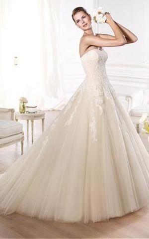 A-Line natürliche Taile Übergröße pompöse swing Brautkleid aus Tüll