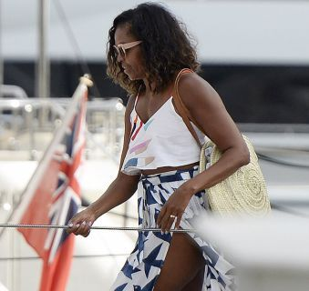 Michelle Obama Fabulous on vacation in Spain (photos) http://ift.tt/2ezq2LX