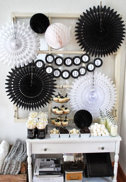 best 25 black party ideas on pinterest black party decorations black gold party and black. Black Bedroom Furniture Sets. Home Design Ideas