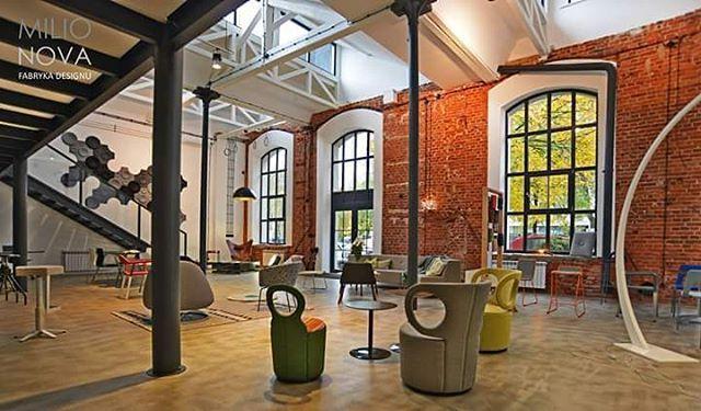 #showroom #milionova otwarty pn-pt od 10 do 18, so 11-14 zapraszamy  #meble #design #oświetlenie #lampy #światło #dywany #akcesoria #lodz  #Łódź #loft