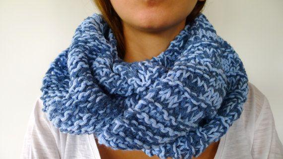 Bufanda circular azul | Cuellos de punto hechos a mano | Bufandas de lana cerradas | Bufandas tejidas a mano