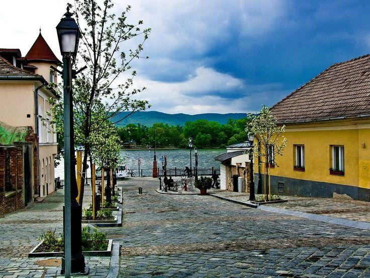 Vác a Dunával, Hungary