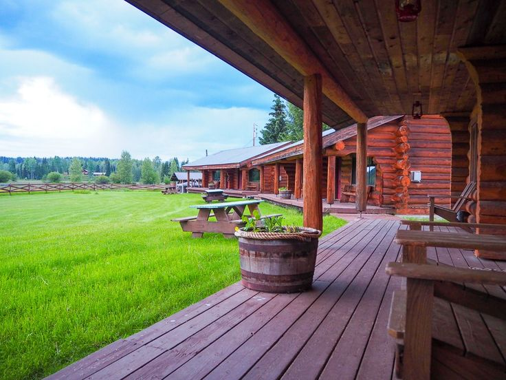 Guest Ranch in Wells Gray Provincial Park, Canada