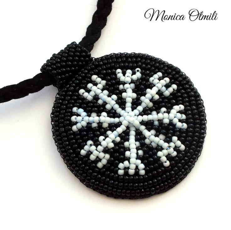 Aegishjalmur - pendant of the Runatál collection by Monica Otmili