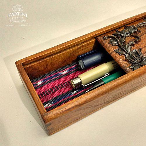 jual kerajinan kotak kayu pensil ukir kartini crafts jepara