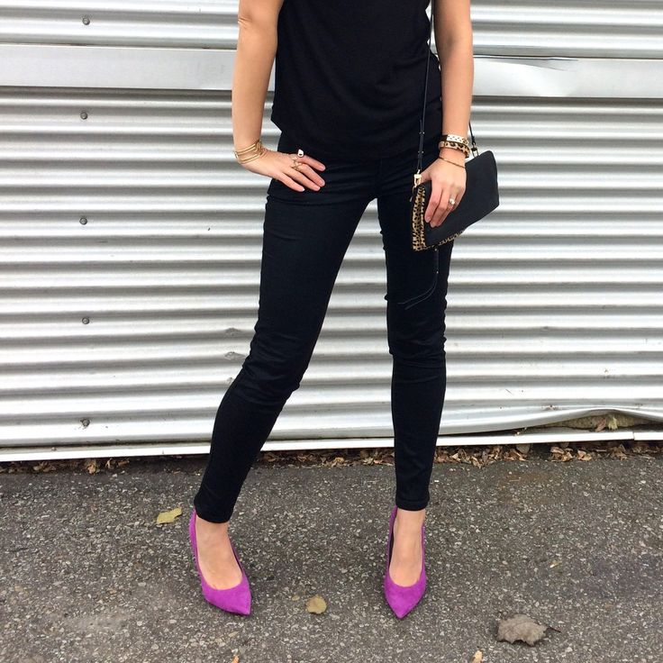 pop of pink stilettos are such a fun add to any outfit