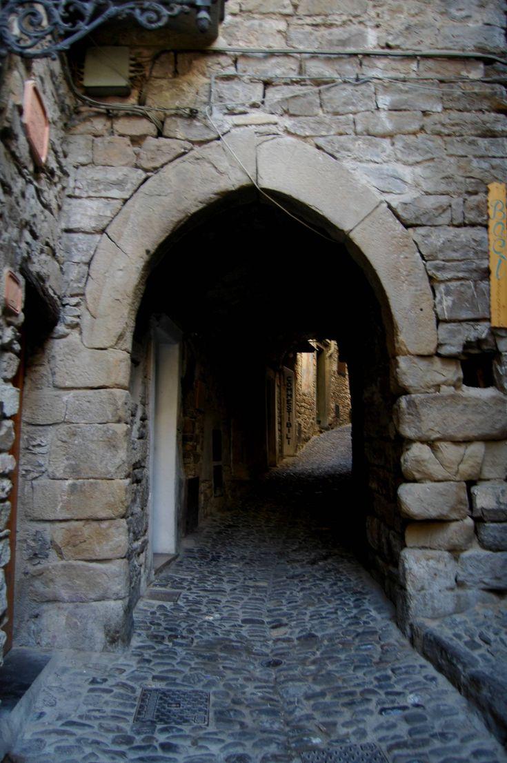 Apricale (IM) - Via Roma