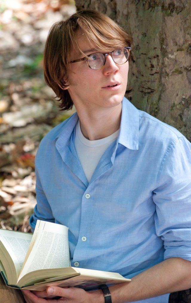 He should adopt this style IRL. Very nice.  Paul Dano in Ruby Sparks