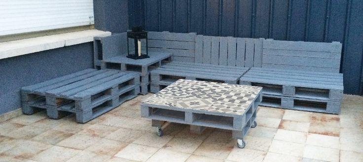 Les 25 meilleures id es de la cat gorie banquette palette sur pinterest patio en pallettes for Banquette terrasse