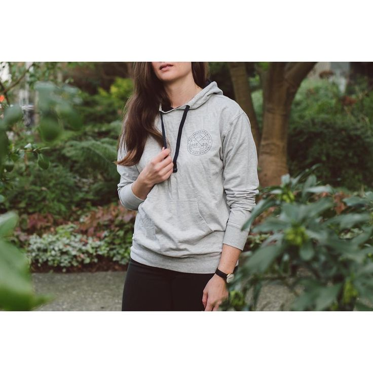 Pullover Fleece with Mountain Crest in Grey, w/ Navy accents #postmarkbrewing #postmarkapparel #sevendayweekend #westcoast #vancouver