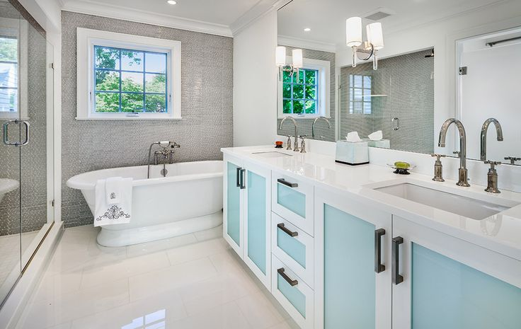 Hemingway Construction | Gallery of Bathrooms | Mosaic and Glass Bathroom