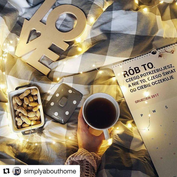 A tak pięknie prezentuje się kalendarz Pani Swojego Czasu u @simplyabouthome  Motto które powinno powinnyśmy stosować na co dzień!!! #psc #paniswojegoczasu #kalendarz #kalendarzpsc #calendar #2017 #motywacja #motovation #todo #planner #planer #planning #planowanie #plannerlove #planneraddict #plannergirl #poranek #dziendobry #dzieńdobry #goodmorning #goodmorninginsta #goodmorningworld