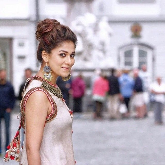 How this lady born n awesome  totally falling in love on #Nayanthara  i'am speechless after see this pic of #Nayan  Pic from #babubangaram